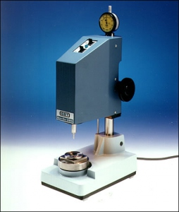 MODEL SoniCut™ 380 - Ultrasonic Disc Cutter